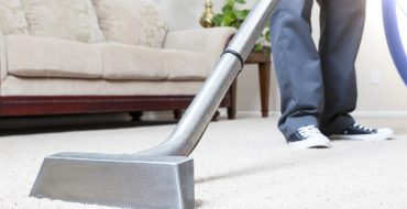 Carpet Cleaning With Vaccum In Auckland
